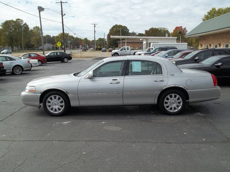 2007 Lincoln Town Car Signature Limited 4dr Sedan In Decatur Il