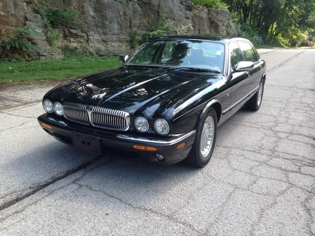2000 Jaguar XJ Vanden Plas   St Louis MO