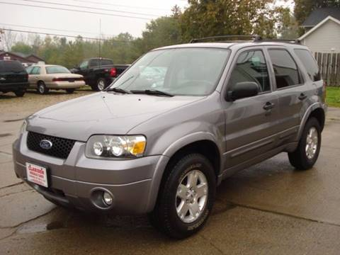 2007 Ford Escape for sale in East Claridon, OH