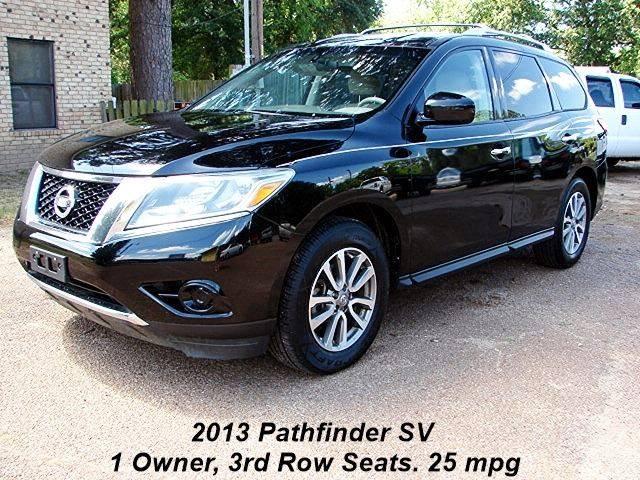 Beautiful 2013 Nissan Pathfinder 4x4 SV 4dr SUV   Quitman TX