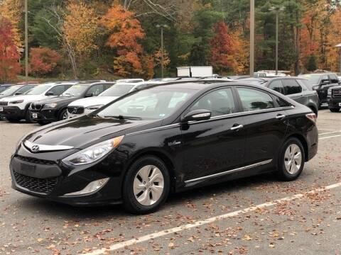 2014 Hyundai Sonata Hybrid for sale at Modern Auto Sales in Tyngsboro MA