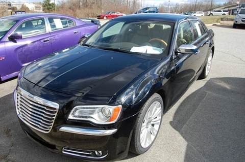 2013 Chrysler 300 for sale at Modern Motors - Thomasville INC in Thomasville NC