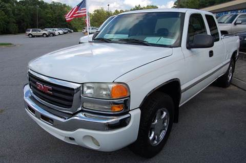 2003 GMC Sierra 1500 for sale at Modern Motors - Thomasville INC in Thomasville NC
