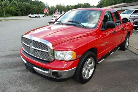2004 Dodge Ram Pickup 1500 for sale at Modern Motors - Thomasville INC in Thomasville NC