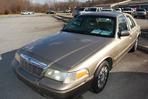 2003 Ford Crown Victoria for sale at Modern Motors - Thomasville INC in Thomasville NC