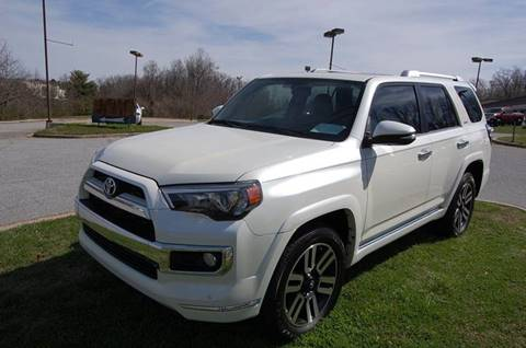 2015 Toyota 4Runner for sale at Modern Motors - Thomasville INC in Thomasville NC