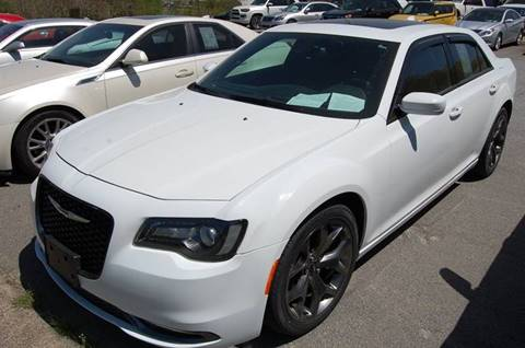 2015 Chrysler 300 for sale at Modern Motors - Thomasville INC in Thomasville NC