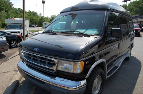 1997 Ford E-150 for sale at Modern Motors - Thomasville INC in Thomasville NC