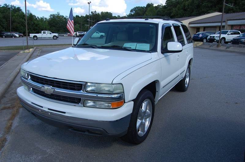 2004 Chevrolet Tahoe for sale at Modern Motors - Thomasville INC in Thomasville NC