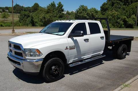 2015 RAM Ram Pickup 3500 for sale at Modern Motors - Thomasville INC in Thomasville NC