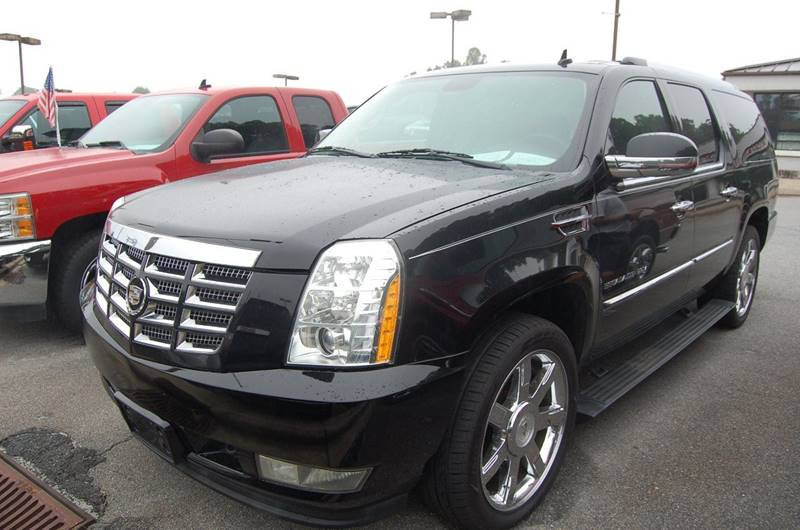 2011 Cadillac Escalade ESV for sale at Modern Motors - Thomasville INC in Thomasville NC