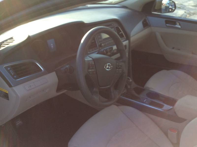 2015 Hyundai Sonata SE 4dr Sedan - Victorville CA