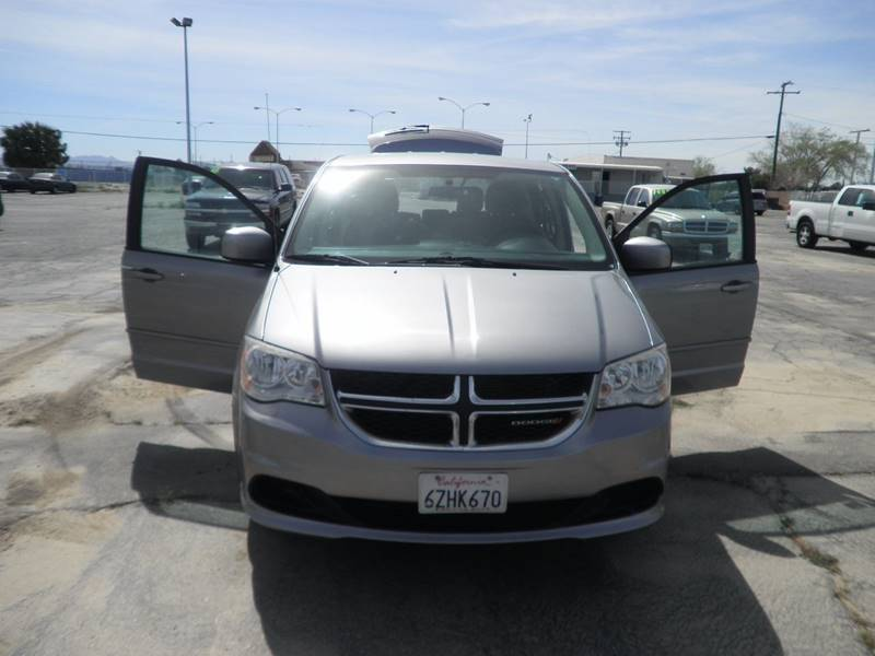 2013 Dodge Grand Caravan SXT 4dr Mini-Van - Victorville CA