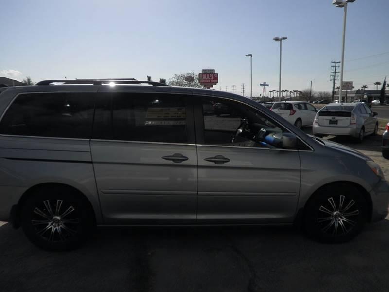 2006 Honda Odyssey Touring 4dr Mini-Van w/Navi and DVD - Victorville CA