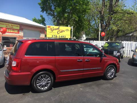 2014 Chrysler Town and Country for sale in Middletown, DE