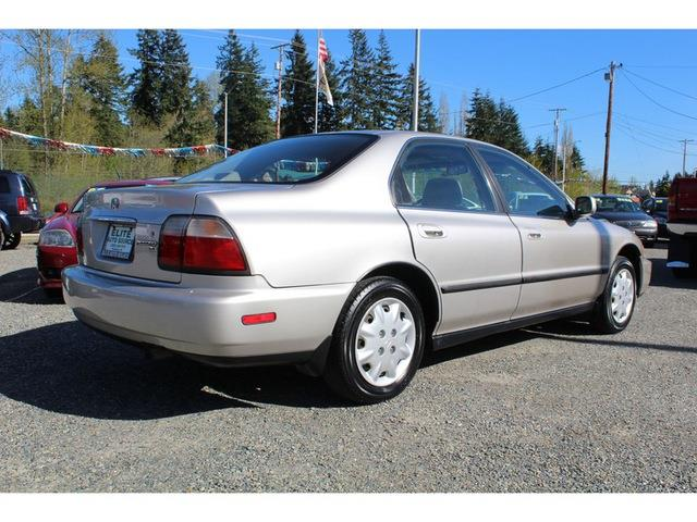 1996 Honda Accord LX 4dr Sedan - Puyallup WA