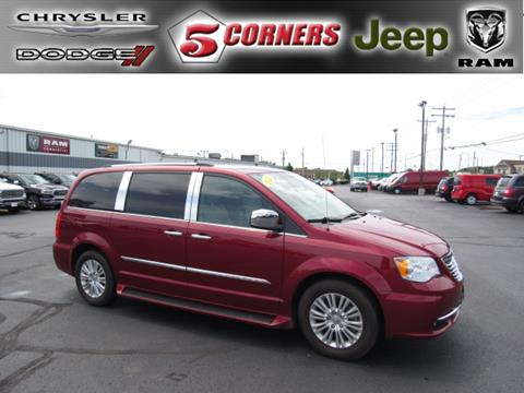 Town And Country >> Chrysler Town And Country For Sale In Cedarburg Wi 5
