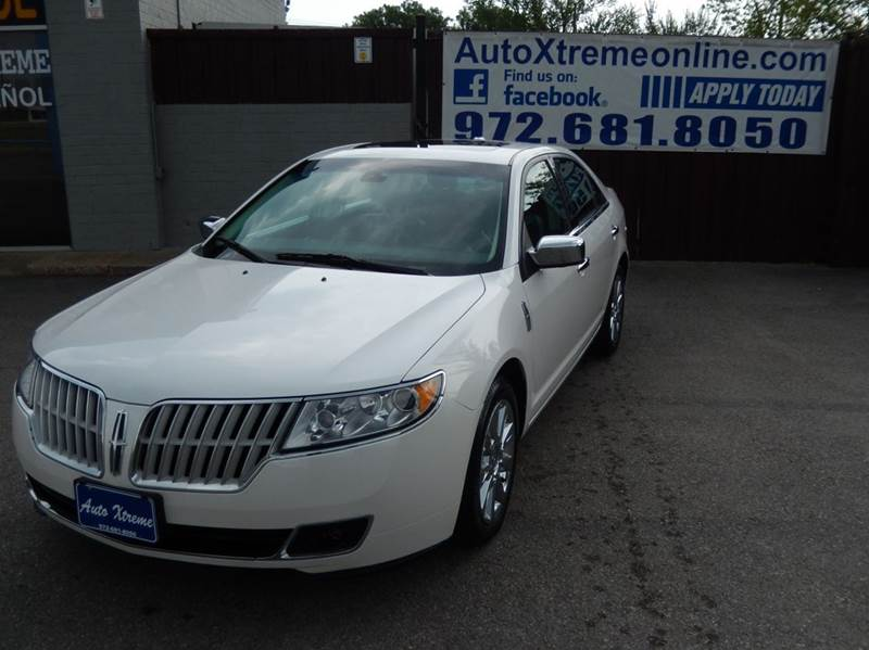 2012 Lincoln MKZ for sale at AUTO XTREME INC in Mesquite TX