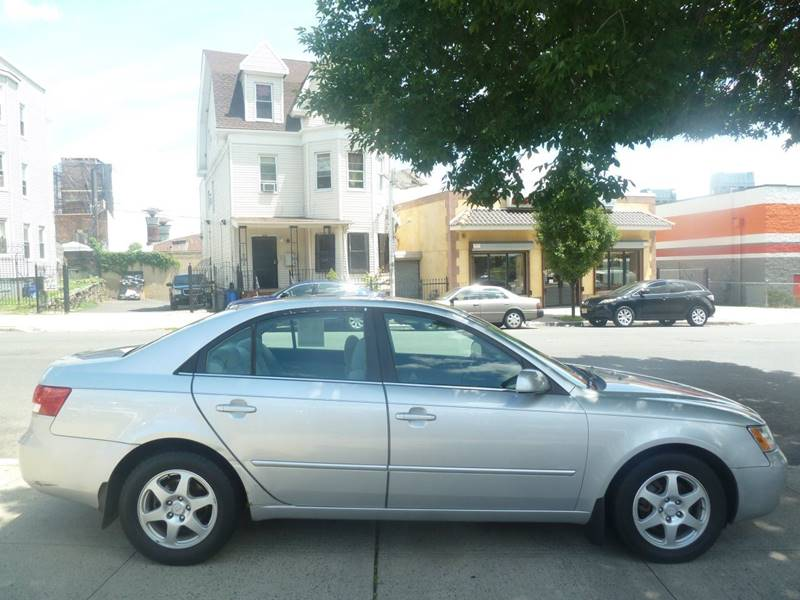 2006 Hyundai Sonata for sale at JOANKA AUTO SALES in Newark NJ