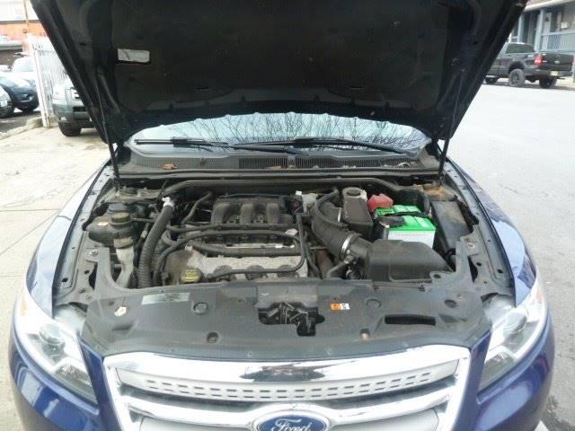 2011 Ford Taurus for sale at JOANKA AUTO SALES in Newark NJ
