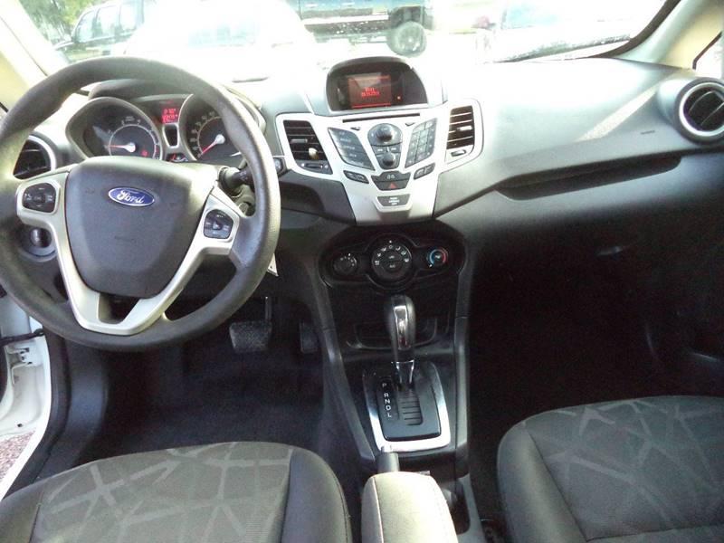 2013 Ford Fiesta SE 4dr Sedan - Sioux City IA