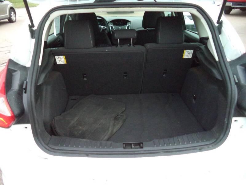 2012 Ford Focus SE 4dr Hatchback - Sioux City IA