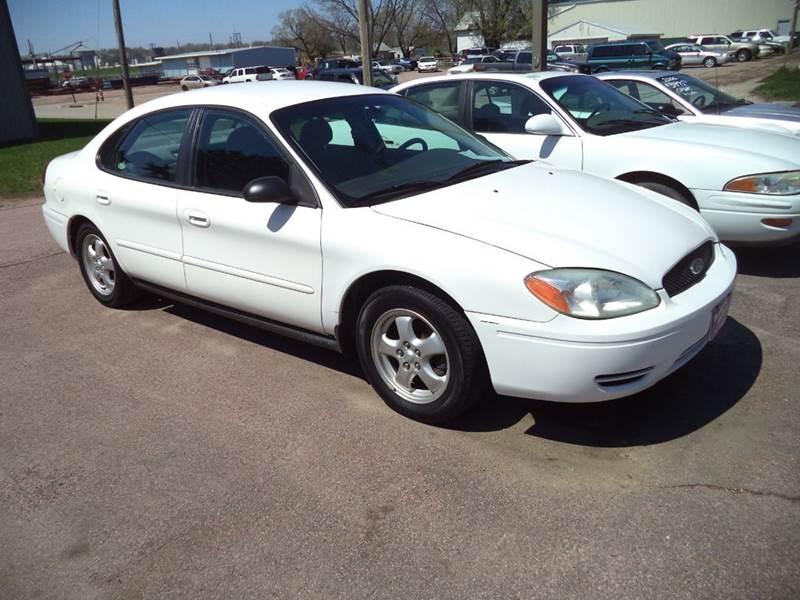 2005 Ford Taurus SE 4dr Sedan - Sioux City IA