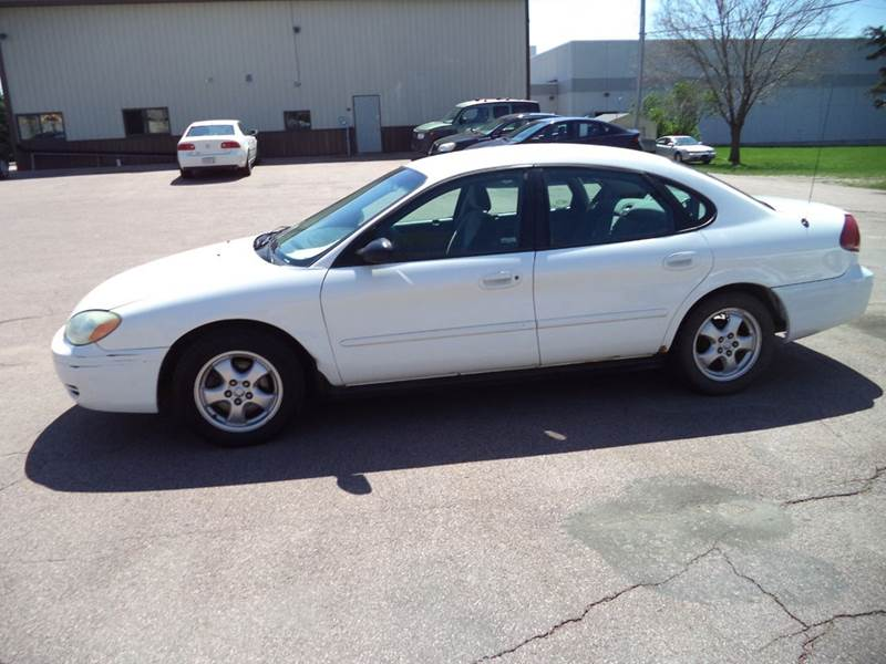 2005 Ford Taurus SE 4dr Sedan - Sioux City IA
