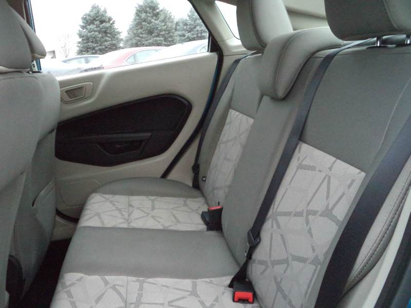 2012 Ford Fiesta SE 4dr Sedan - Sioux City IA