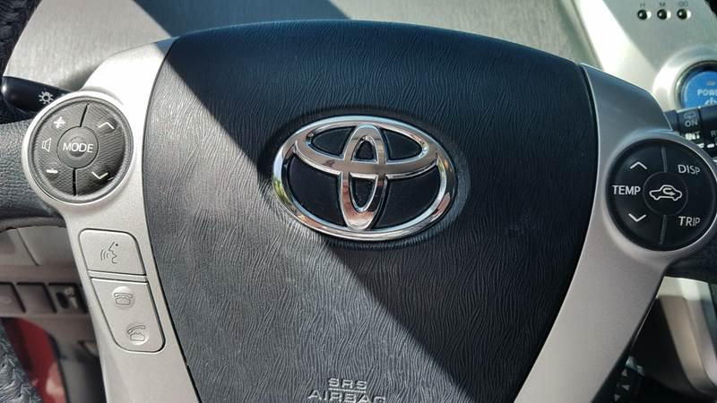 2014 Toyota Prius v Three 4dr Wagon - Orlando FL