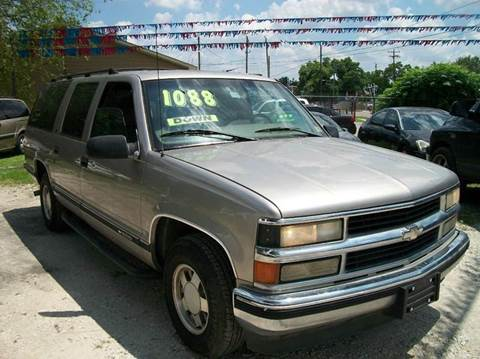 1999 Chevrolet Suburban for sale at THOM'S MOTORS in Houston TX