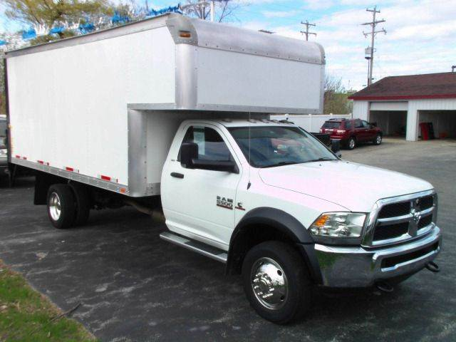 2014 RAM RAM CHASSIS 5500 white 2014 ram 5500  cummings engine auto trans 26000 miles this