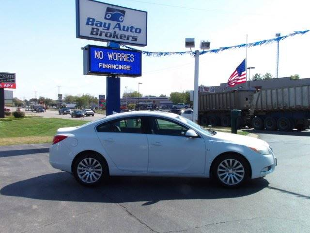 2011 BUICK REGAL CXL 4DR SEDAN WRL2 white this 2011 buick is sure to please this powerful 4cyl
