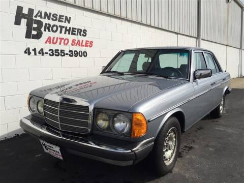 1980 MERCEDEDES BENZ 280 E for sale at HANSEN BROTHERS AUTO SALES in Milwaukee WI
