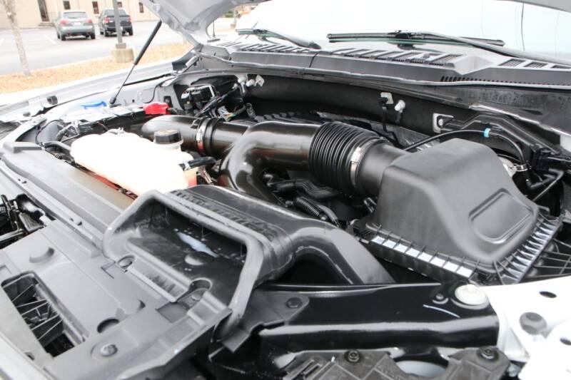 2019 Ford F-150 Raptor (image 28)