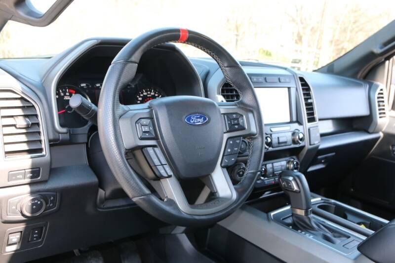 2019 Ford F-150 Raptor (image 33)