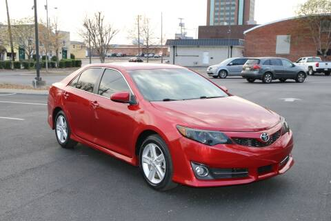 2013 Toyota Camry SE for sale at Auto Collection Of Murfreesboro in Murfreesboro TN