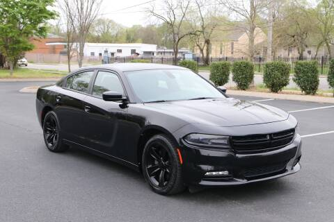 2017 Dodge Charger SXT for sale at Auto Collection Of Murfreesboro in Murfreesboro TN