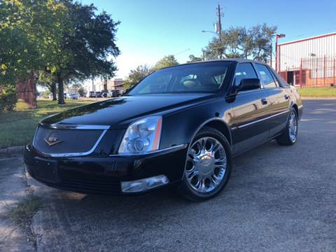 2011 Cadillac DTS for sale at TWIN CITY MOTORS in Houston TX
