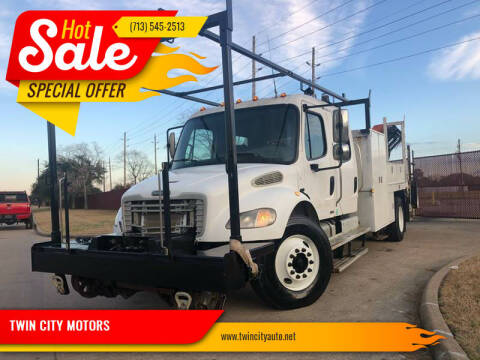 2005 Freightliner M2 106 for sale at TWIN CITY MOTORS in Houston TX
