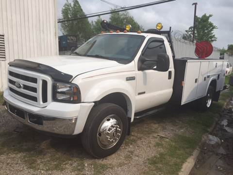 2005 Ford F-550 for sale at TWIN CITY MOTORS in Houston TX