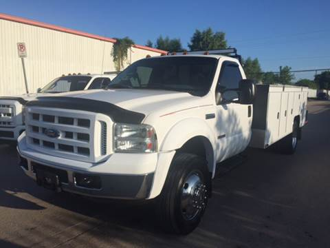 2006 Ford F-550 for sale at TWIN CITY MOTORS in Houston TX