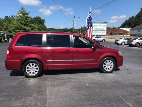 2014 Chrysler Town and Country for sale in Clay City, KY