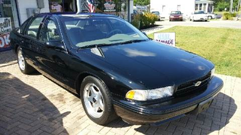 1996 Chevrolet Impala for sale at Mr Wonderful Motorsports in Aurora IL
