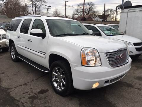 2007 GMC Yukon XL for sale at Twin's Auto Center Inc. in Detroit MI