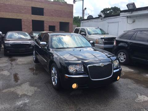 2009 Chrysler 300 for sale at Twin's Auto Center Inc. in Detroit MI