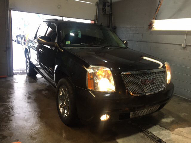 2011 GMC Yukon XL for sale at Twin's Auto Center Inc. in Detroit MI