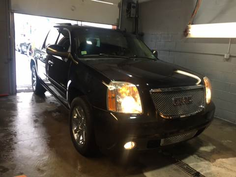 2011 GMC Yukon XL for sale at Twin's Auto Center Inc. in Detroit MI