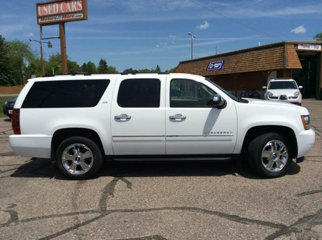 2009 Chevrolet Suburban for sale at MOTORS N MORE in Brainerd MN