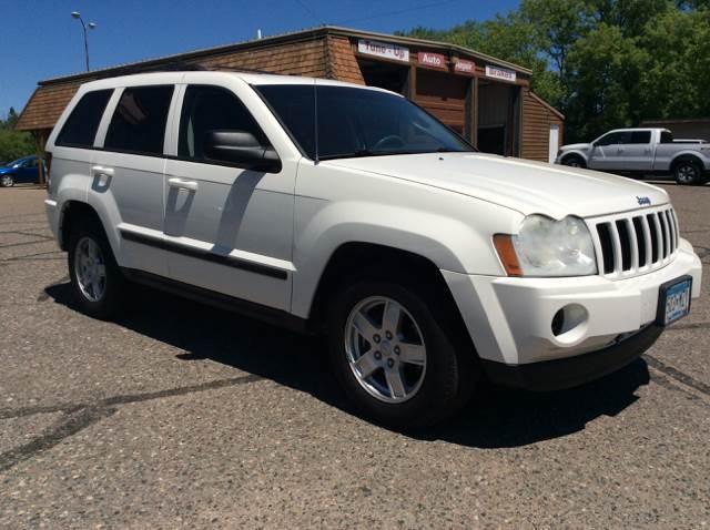 2007 Jeep Grand Cherokee for sale at MOTORS N MORE in Brainerd MN